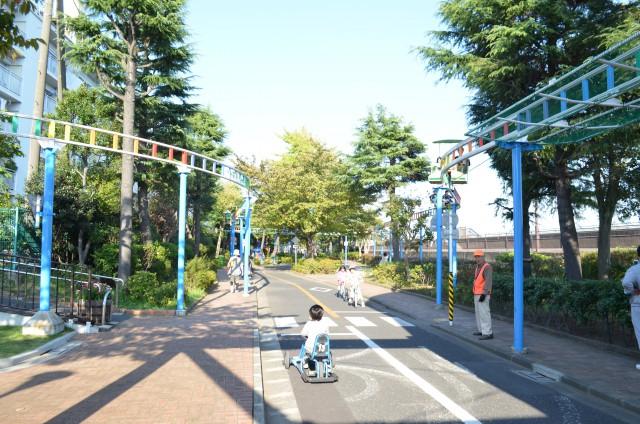園内の道路