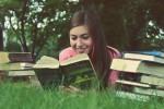 1冊の本があなたを変える?読書がもたらすメリットとは